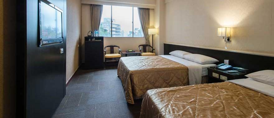 핫스프링 4인룸(2개의 더블침대)