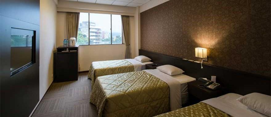 스탠다드 3인룸(3개의 작은 침대)